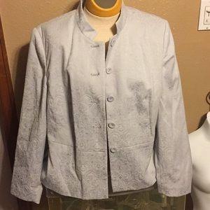 Pendleton light gray pant suit, 16